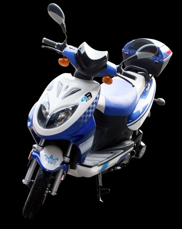 Kalau saran dari teman teman motor listrik sih wim cycle . alasannya :